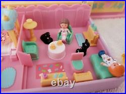 Polly Pocket PAJAMA PARTY DRESSING TABLE NEAR COMPLETE! 1990