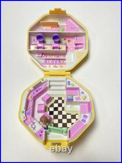 Vintage 89-93 Bluebird Polly Pocket Compacts/Dolls Lot Of 7