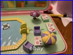 Vintage Polly Pocket Bluebird 1989 Pool Party Compact Variation Complete J1