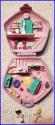 Vintage Polly Pocket SLUMBER PARTY Complete 1994