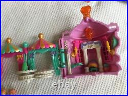 Vintage Polly Pocket crown palace 1996 100 %